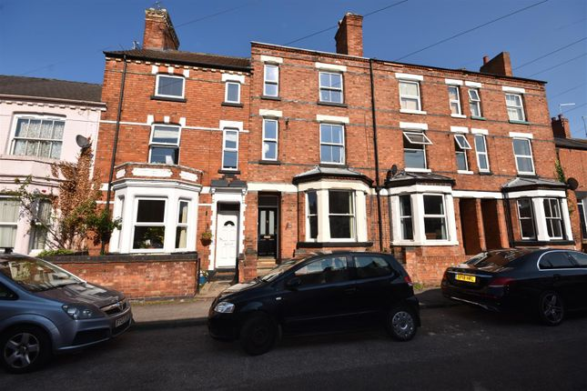 Thumbnail Town house for sale in Crown Street, Newark