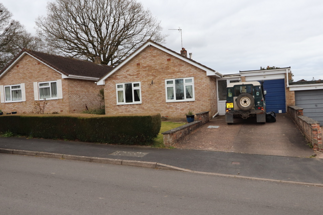 Thumbnail Detached bungalow to rent in 29 Prowses, Hemyock, Cullompton