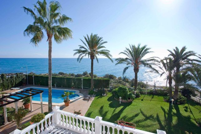 Thumbnail Villa for sale in Alicante, Alicante, Spain