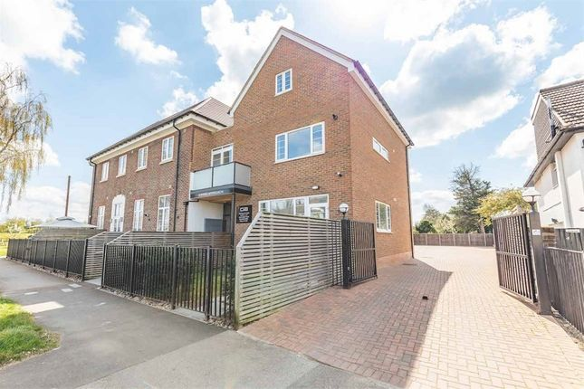 3 bed flat for sale in Grand Approach, 2 Bathurst Walk, Richings Park, Buckinghamshire SL0