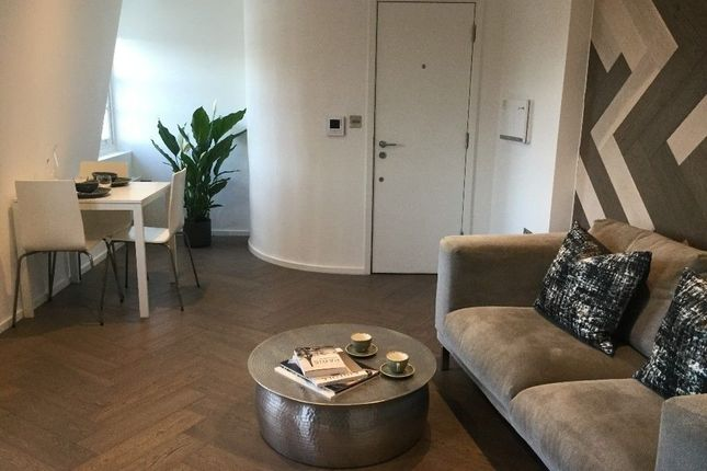 Thumbnail Flat to rent in Brick Lane, London