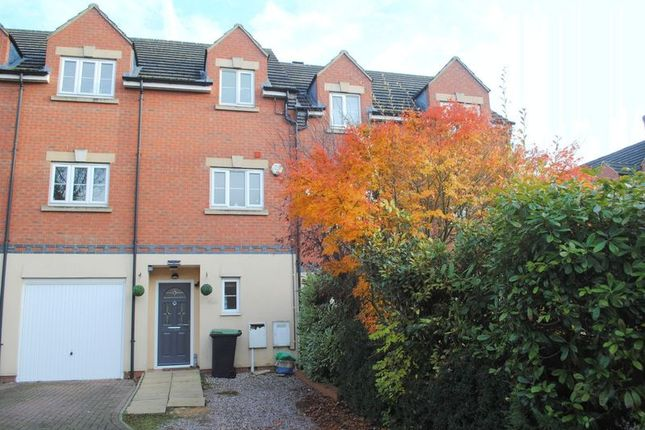 Thumbnail Terraced house for sale in Lime Street, Rushden