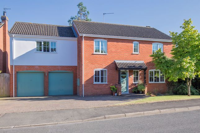 Thumbnail Detached house for sale in The Tithings, Kibworth, Leicester