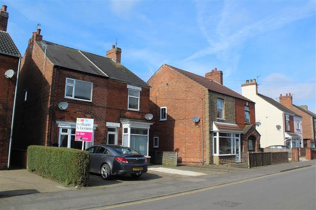 Thumbnail Semi-detached house to rent in Victoria Road, Scunthorpe
