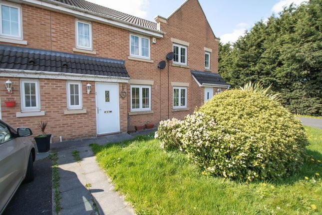 Thumbnail Terraced house to rent in Owsten Court, Horwich, Bolton