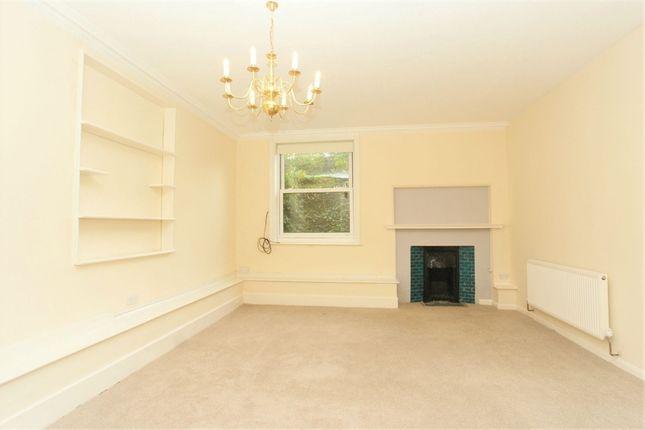 1 bed flat to rent in Pinewold, 2 Oatlands Chase, Weybridge, Surrey