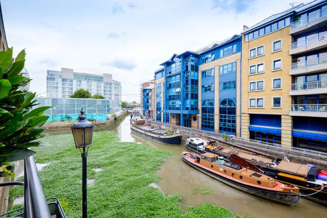 Thumbnail Flat for sale in Parkgate Road, London