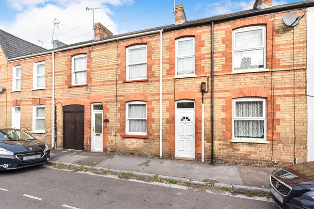 Thumbnail Terraced house for sale in Eastbourne Gate, Taunton