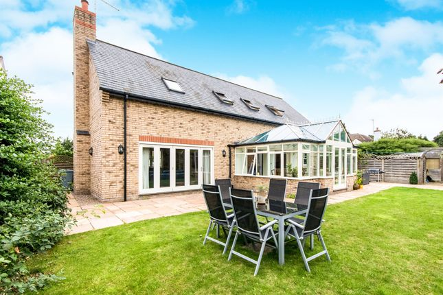 Thumbnail Detached house for sale in Queens Walk, Stamford