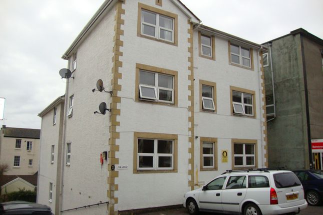 2 bed flat to rent in Upper Church Road, Weston Super Mare