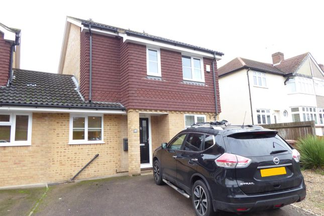 Thumbnail Semi-detached house for sale in Sunland Avenue, South Bexleyheath, Kent