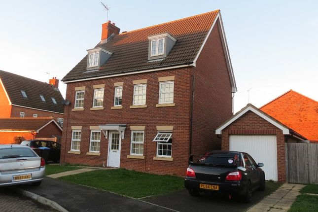 Thumbnail Detached house to rent in The Runway, Hatfield