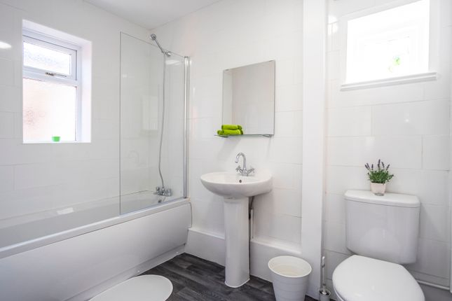 Thumbnail Terraced house to rent in Shaw Lane, Prescot