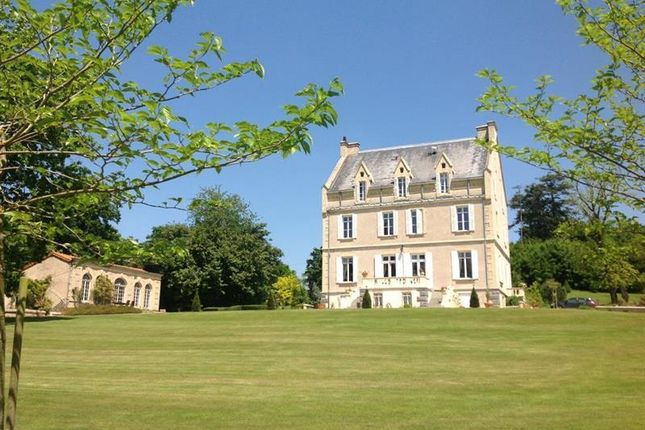 Thumbnail Property for sale in L'absie, Poitou-Charentes, France