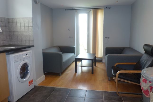 Thumbnail Flat to rent in Daniel Street, Cathays