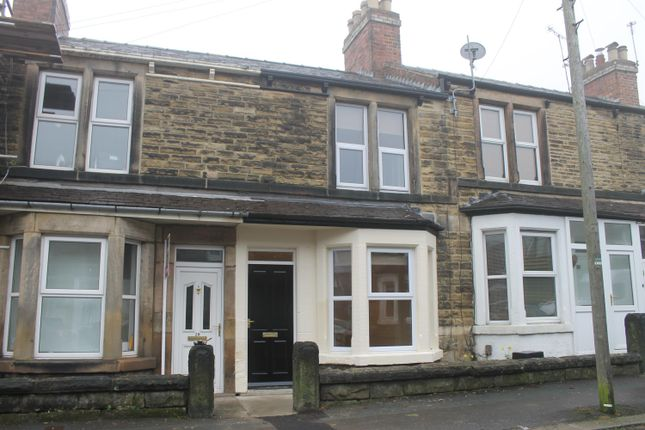 Thumbnail Terraced house to rent in Regent Avenue, Harrogate