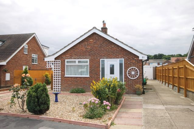 Thumbnail Detached bungalow for sale in Hunmanby, Filey