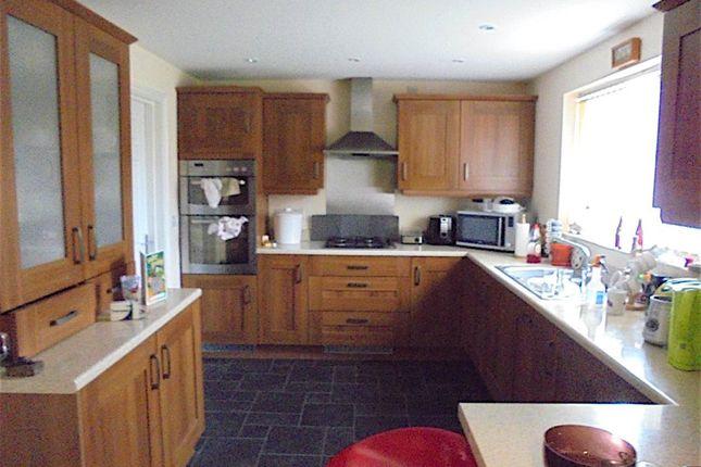 Thumbnail Room to rent in 66 Blenkinsop Way, Middleton, Leeds