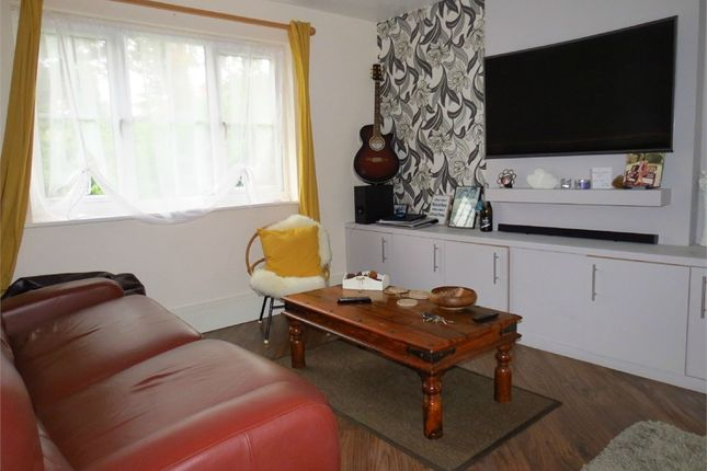 Thumbnail Maisonette to rent in Tylersfield, Abbots Langley, Hertfordshire