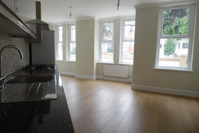 1 bed flat to rent in Hartley Road, Leytonstone, Leytonstone E11
