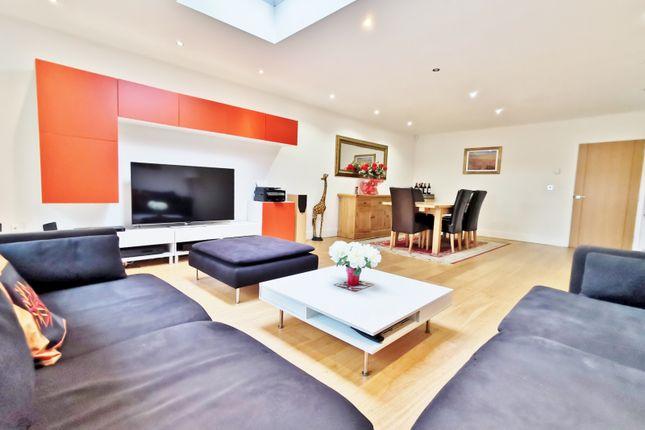 Thumbnail Semi-detached house to rent in Prospect Road, New Barnet, Barnet