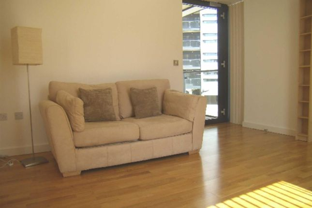 Thumbnail Flat to rent in Millennium Tower, 250 The Quays, Salford Quay