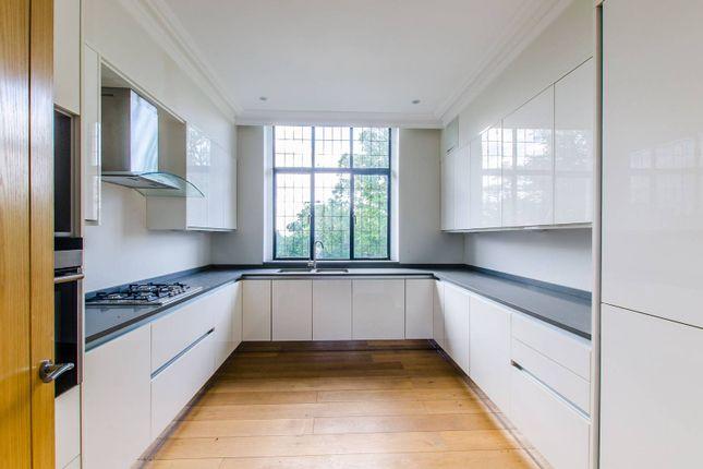 Thumbnail Flat to rent in The Ridgeway, Mill Hill