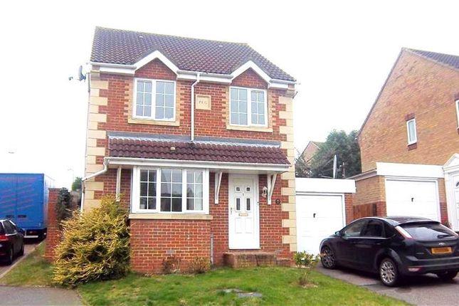 Thumbnail Property to rent in Kensington Close, St. Leonards-On-Sea