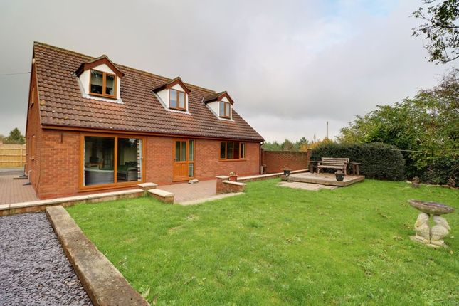 Thumbnail Detached house for sale in Town Street, South Killingholme, Immingham
