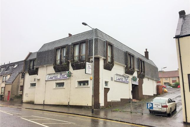 Thumbnail Leisure/hospitality for sale in Laurie's Bar, 61 Mary Street, Lauriston, Falkirk, Falkirk