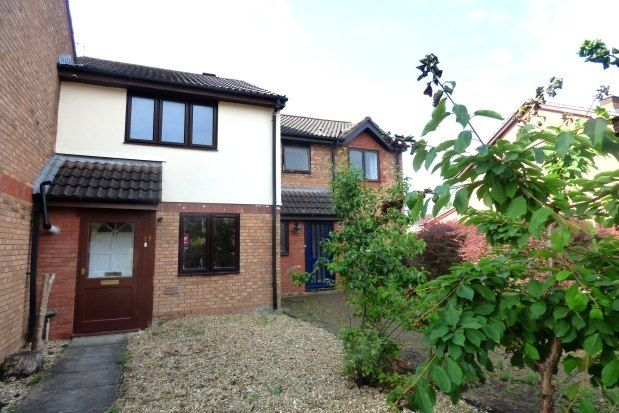 2 bed property to rent in Amber Mead, Taunton TA1