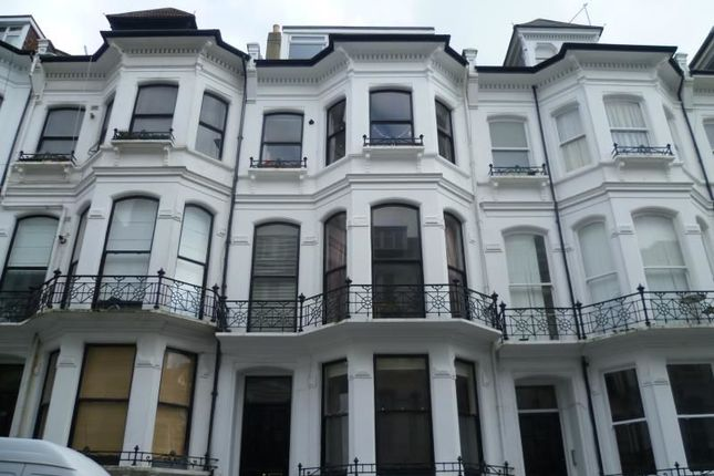 Thumbnail Flat to rent in St Michaels Place, Brighton