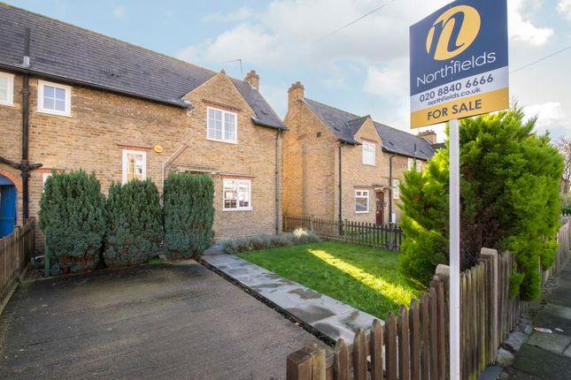 Thumbnail Property for sale in Whitestile Road, Brentford