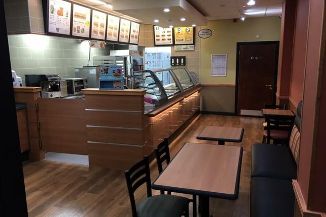 Thumbnail Restaurant/cafe for sale in Cafe & Sandwich Bars DN14, East Yorkshire