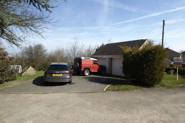 Garage of Wells Mount, Upper Cumberworth, Huddersfield HD8
