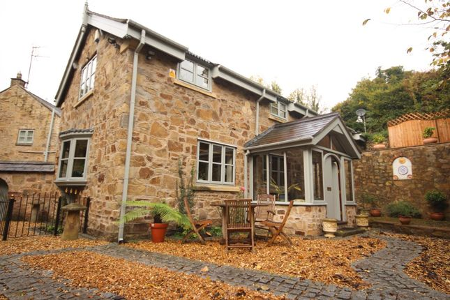 Thumbnail Cottage to rent in Ffrwd Road, Cefn-Y-Bedd, Wrexham