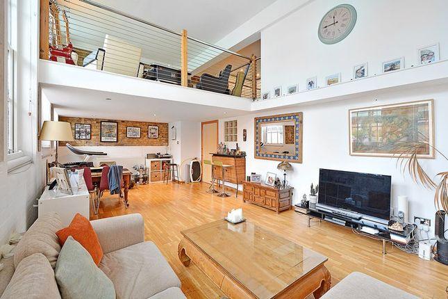 Thumbnail Flat for sale in Rutland Road, London