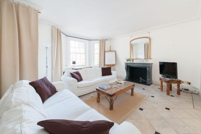 2 bed property to rent in Pitt Street, London