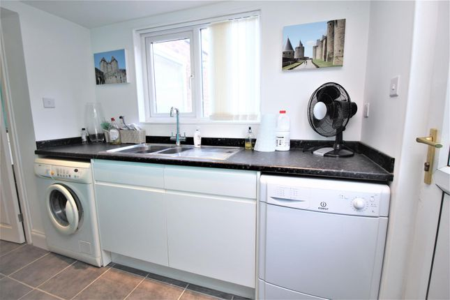 Utility Room of Longwood View, Crawley RH10