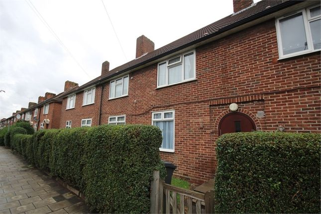 1 bed flat for sale in Woodward Road, Dagenham, Essex