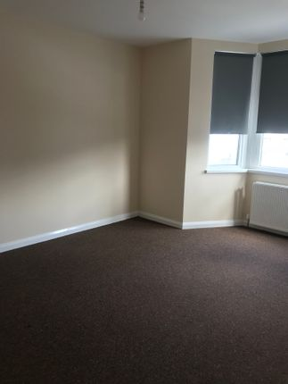 Thumbnail Terraced house to rent in Park Road, Ilford