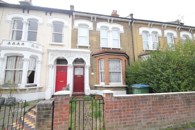 3 bed terraced house for sale in Bushwood, London