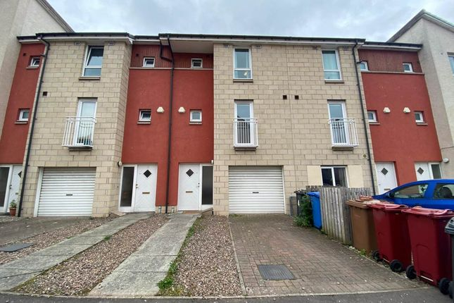 4 bed detached house to rent in Milnbank Gardens, Dundee DD1