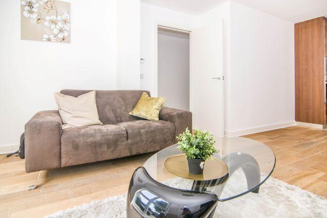Thumbnail Duplex to rent in 8 Harbinger Road, London