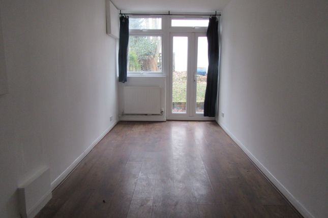 Thumbnail Shared accommodation to rent in Roxeth Hill, Harrow