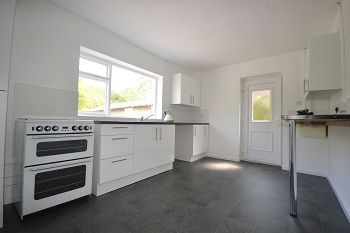 Thumbnail Detached bungalow to rent in Mill Hill Lane, Sandbach