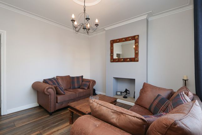 Living Room of Old Road, Brampton, Chesterfield S40