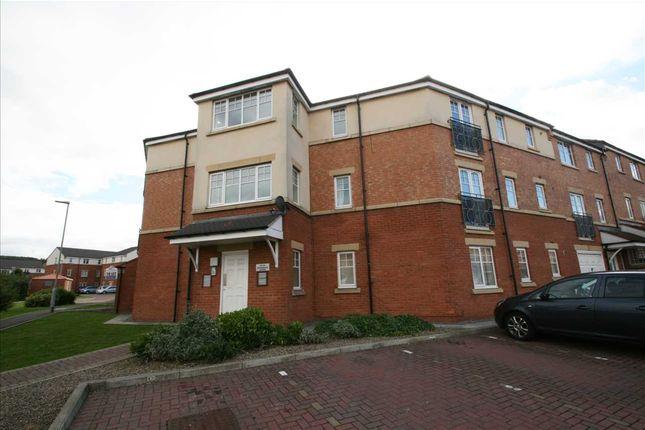 Thumbnail Flat to rent in Redgrave Close, St James Village, Gateshead