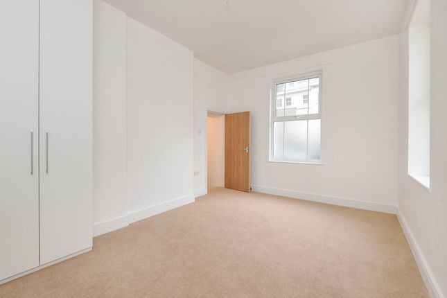 Thumbnail Flat to rent in City House, City Road, Winchester