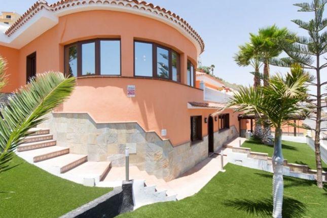Thumbnail Villa for sale in San Isidro, Tenerife, Spain